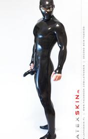 Total enclosure suit