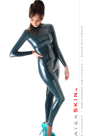Sheath suit woman